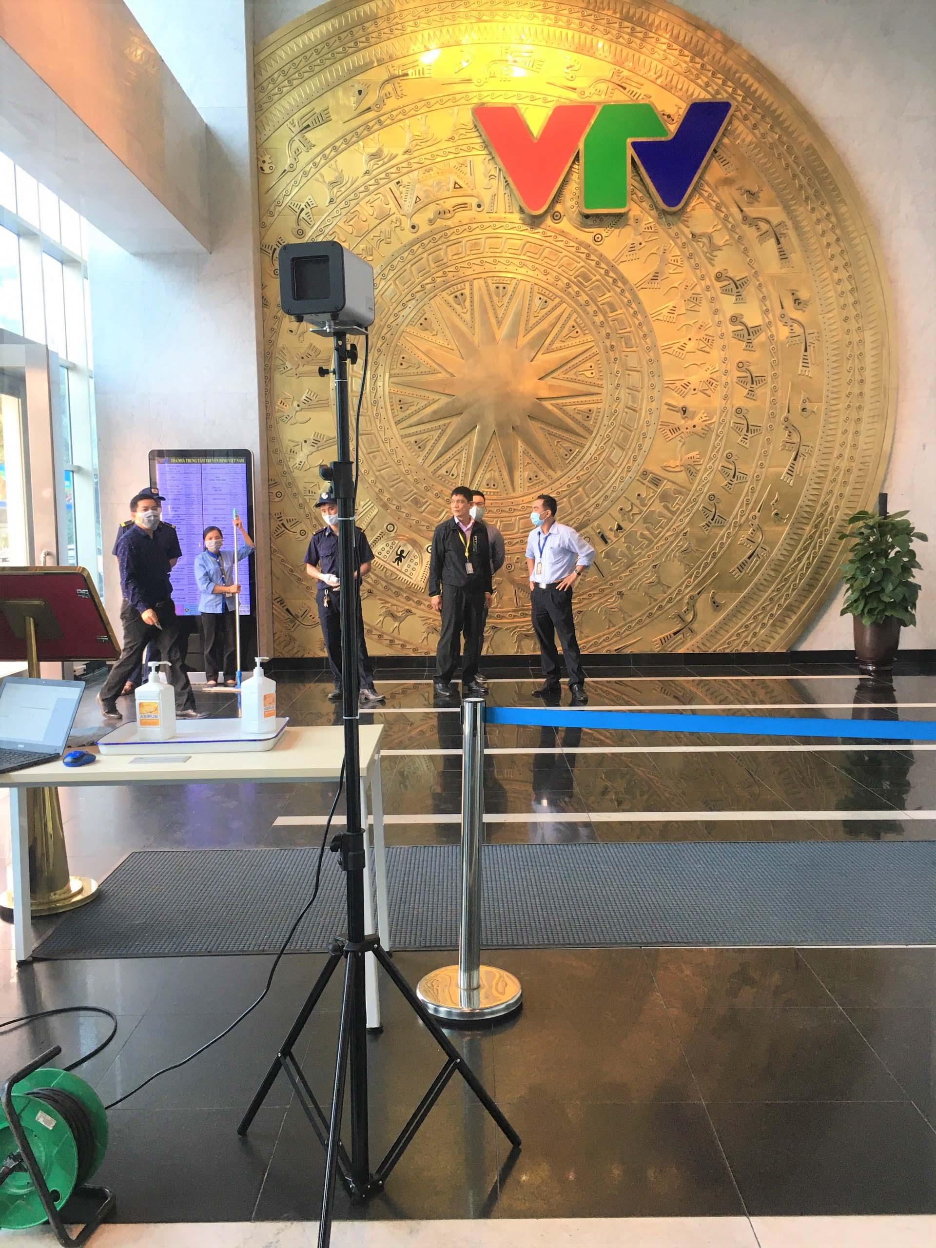 Camera đo thân nhiệt được lắp đặt tại đài truyền hình VTV